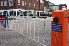 <p>7m Skirted Barrier</p>