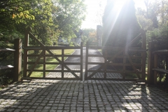 <h5>Gate Automation - 12</h5><p>Automated hardwood gates with door entry system and granite sets with timber posts</p>