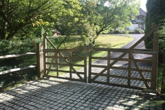 <h5>Gate Automation - 13</h5><p>Automated Hardwood Gate</p>