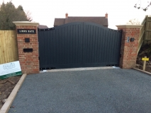 <h5>Gate Automation - 27</h5><p>Automated driveway gates</p>